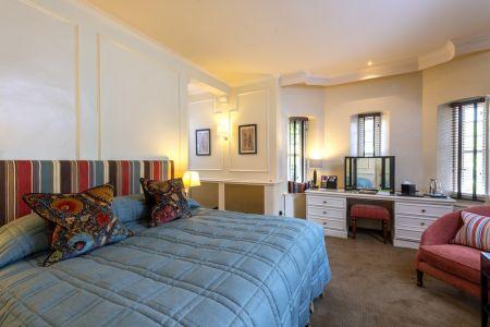 rooms24.jpg